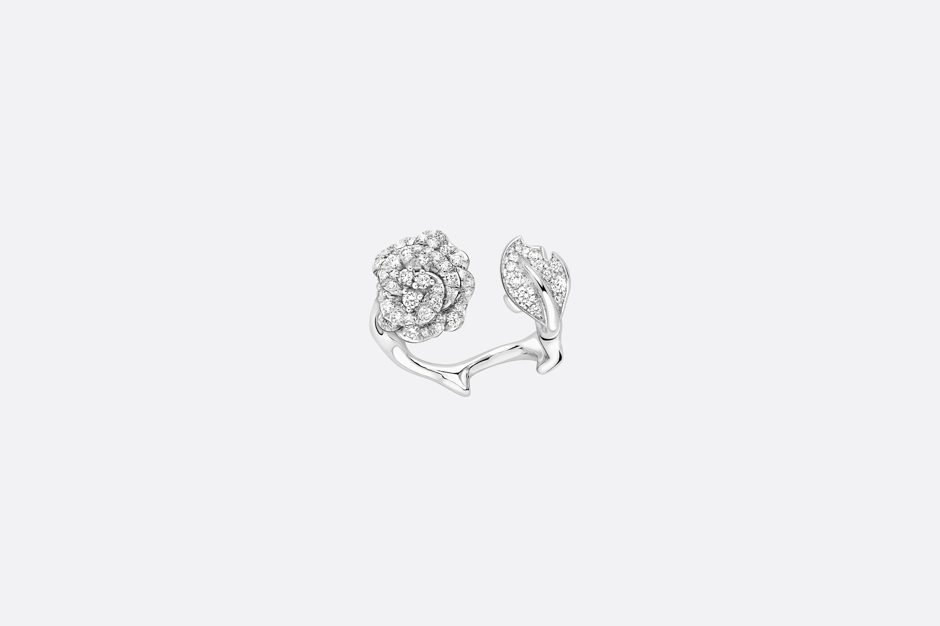 Rose Dior Bagatelle Ring Front view Open gallery