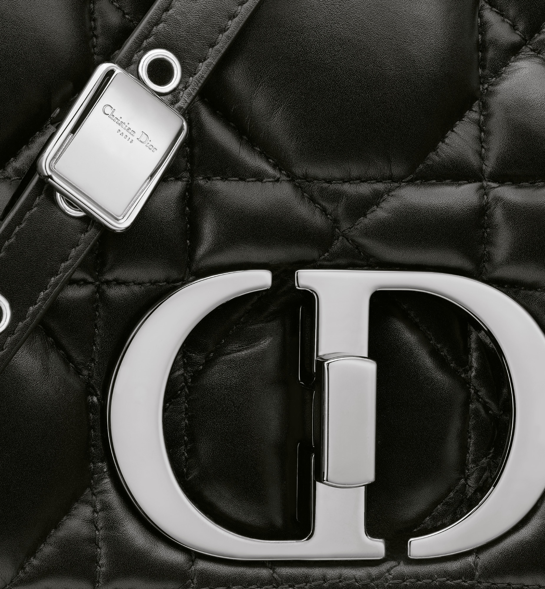 Large Dior Caro Bag Detailed view Open gallery