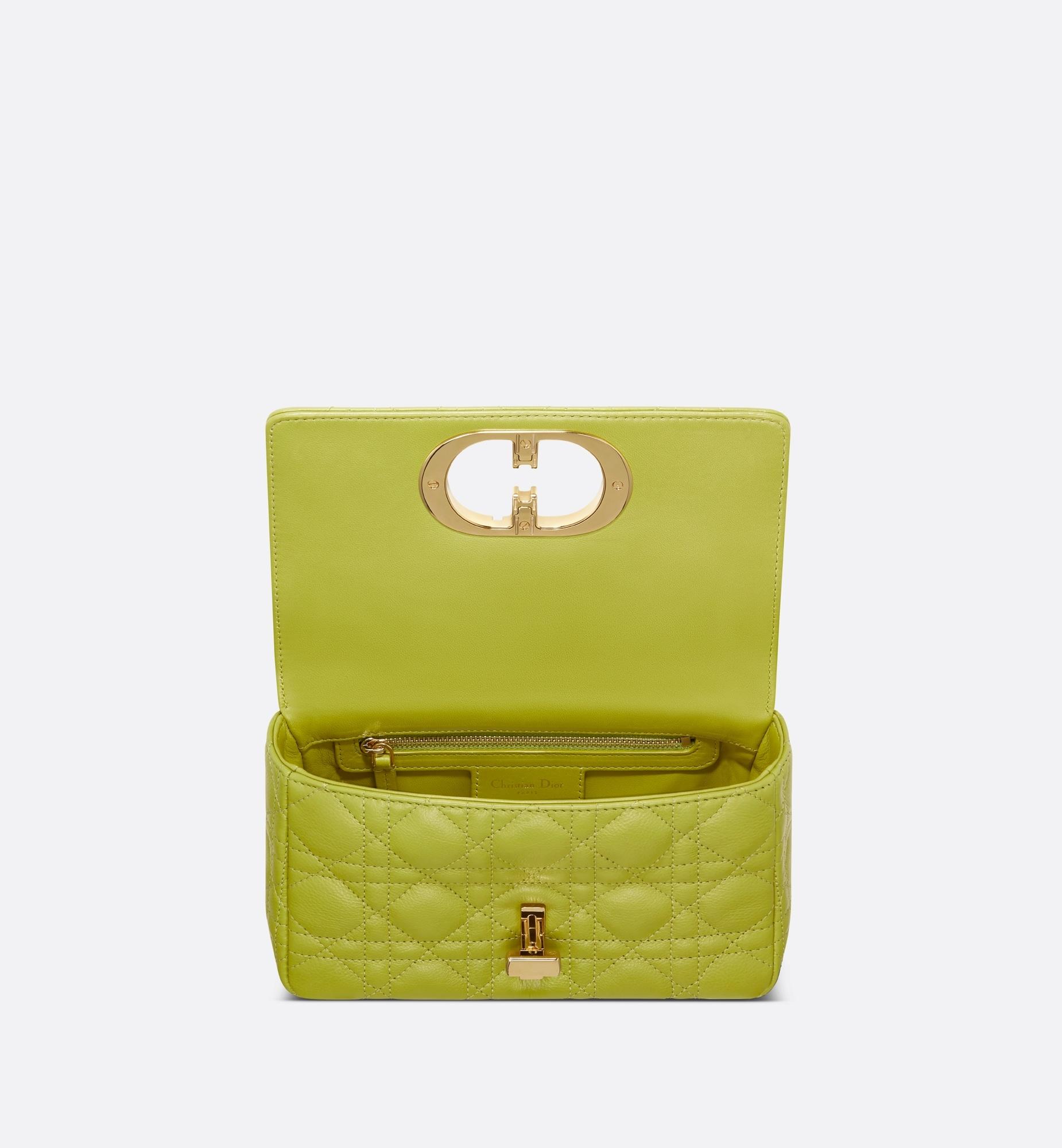 Kleine Dior Caro Tasche aria_topShotView aria_openGallery