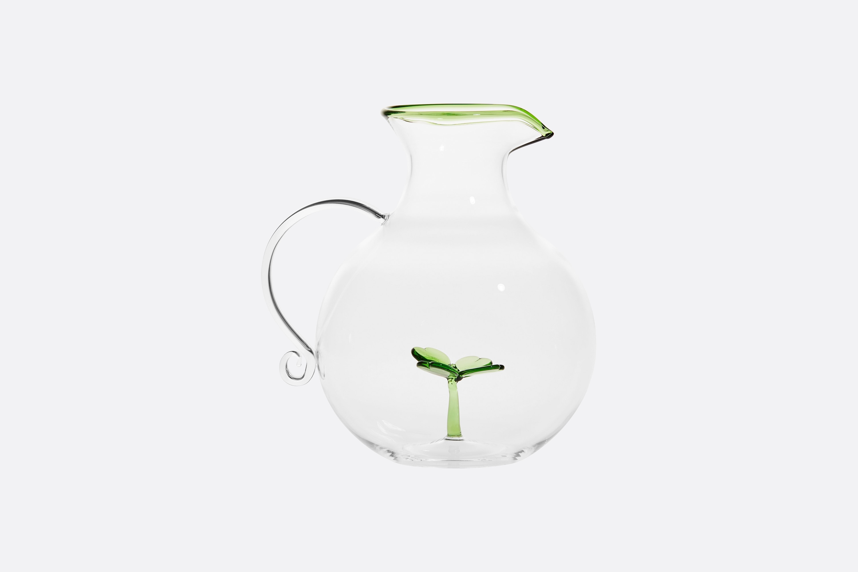 Carafe Front view Open gallery