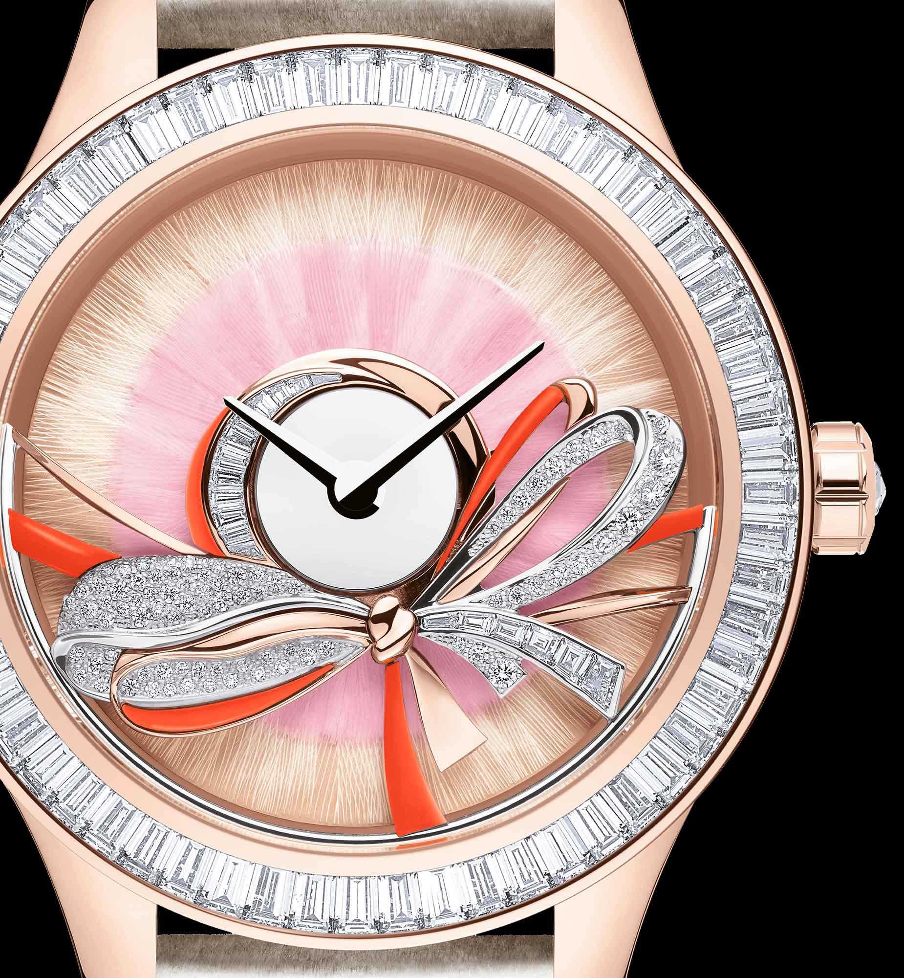 Dior Grand Bal Ruban aria_threeQuarterClosedView aria_openGallery