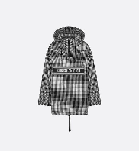 Hooded Anorak Front view