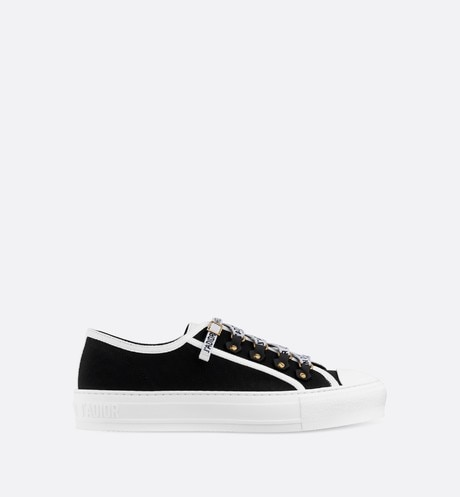 Walk'n'Dior low-top Sneaker in black canvas front view