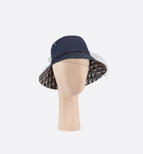 Teddy-D Large Brim Bucket Hat with Veil Front view