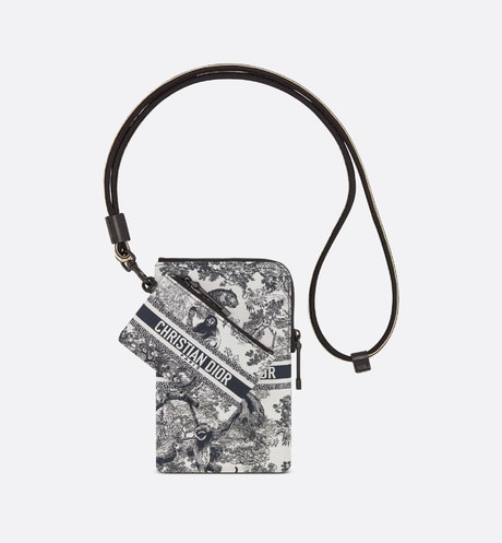 DiorTravel Multifunction Pouch Front view