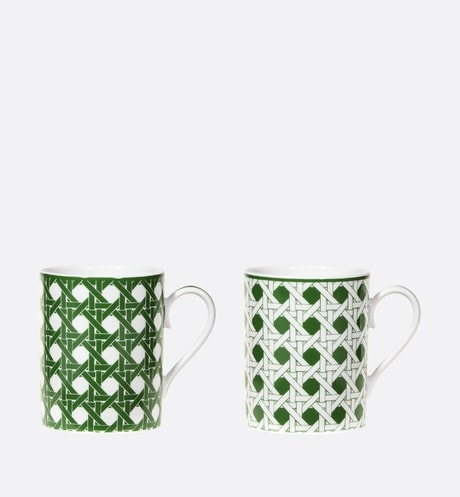 Set of Two Mugs Front view