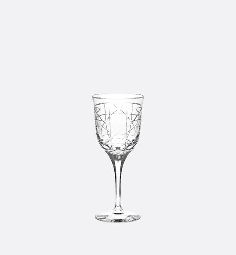 Engraved Wine Glass front view