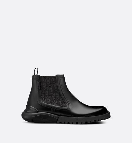 Ankle Boot Front view