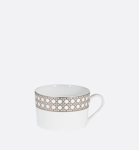 Breakfast cup Front view