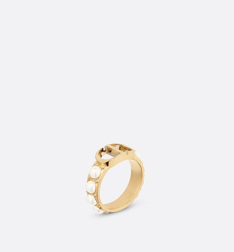 White Resin Pearl 30 Montaigne Gold-Finish Ring front view